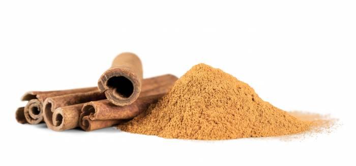 cinnamon powder and stick