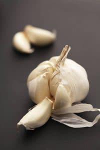 garlic-glove